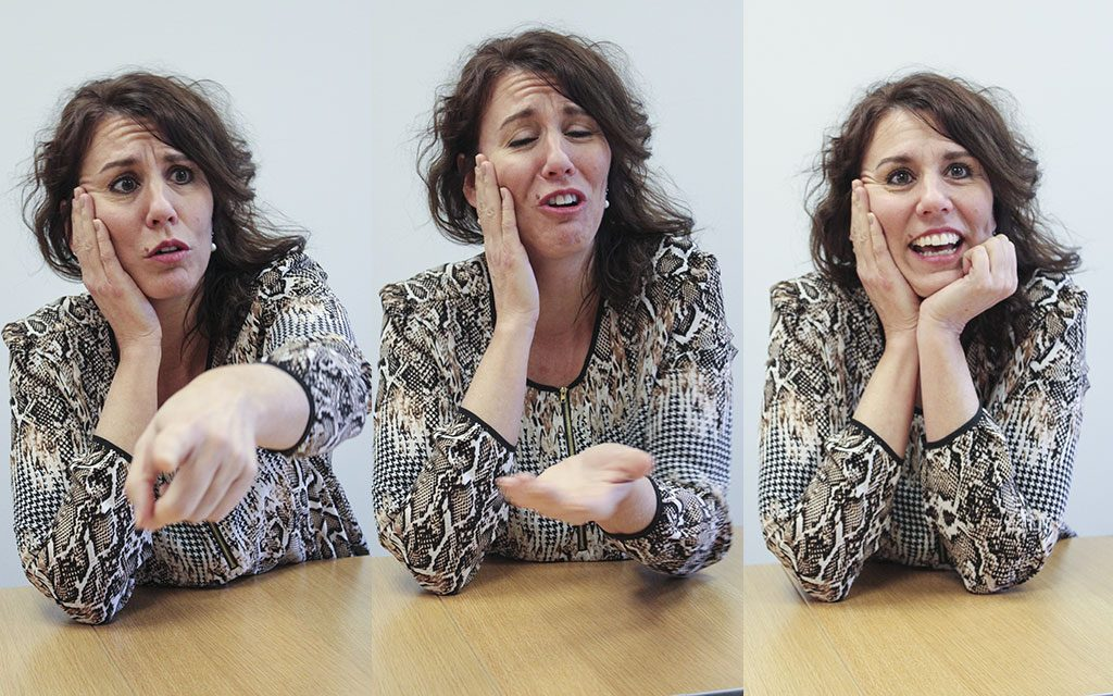 Tre olika ansiktsuttryck hos Kate
