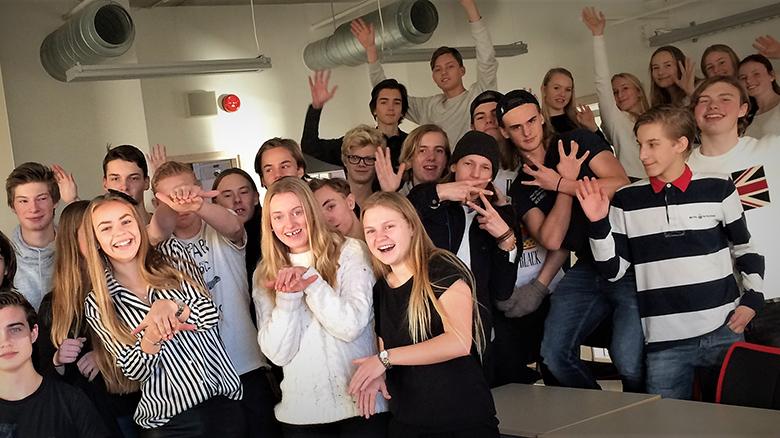 Projekt Eksta Samarbetar Med Gymnasiet